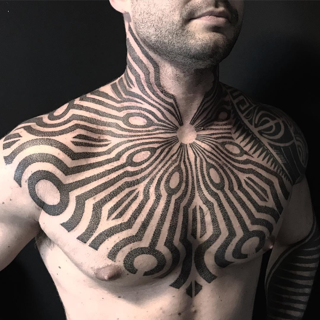 Blackwork Tattoos: Origins, Styles, and Artists